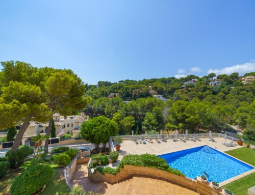 Modern and extensive sea view apartment in Cas Catala, Mallorca